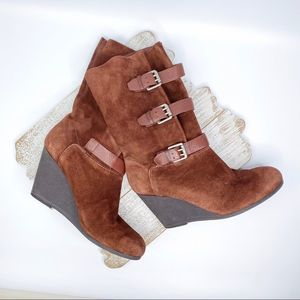 NINE WEST Oncore Suede Leather Wedge Boots 8
